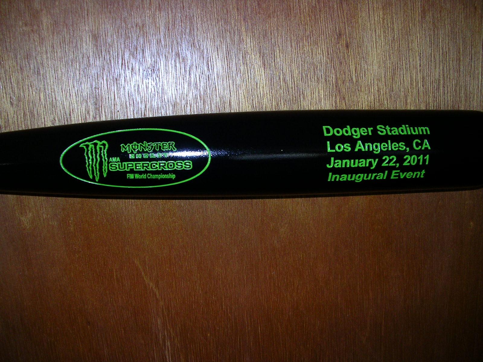 special event custom bat engraving